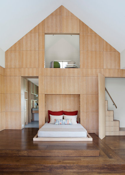 Contemporary Bedroom by Remick Associates Architects + Master Builders