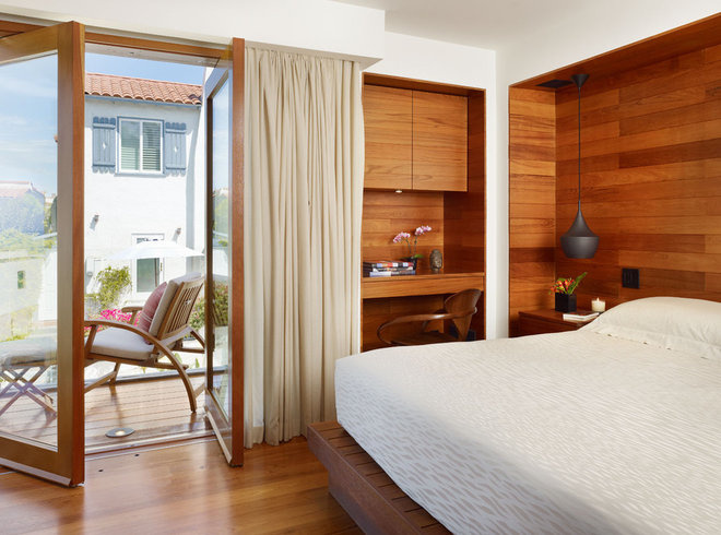 Tropical Bedroom by Rockefeller Partners Architects