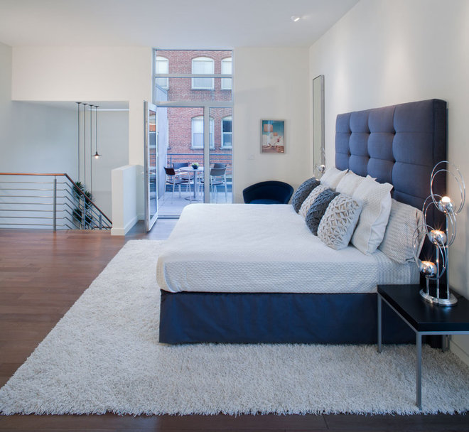 Transitional Bedroom by Rockefeller Partners Architects