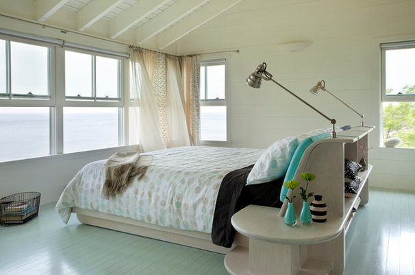 Beach Style Bedroom by S+H Construction