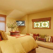Modern Bedroom by SH interiors