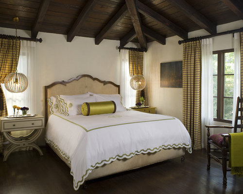 example of a classic bedroom design in los angeles with white walls