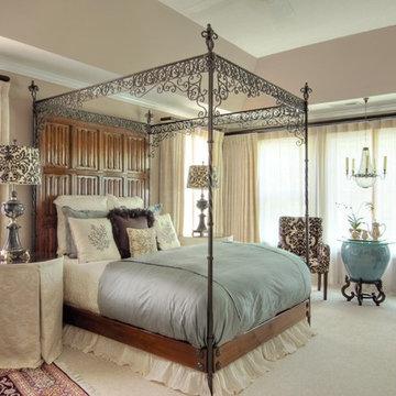 Bedroom Suite: Traditional