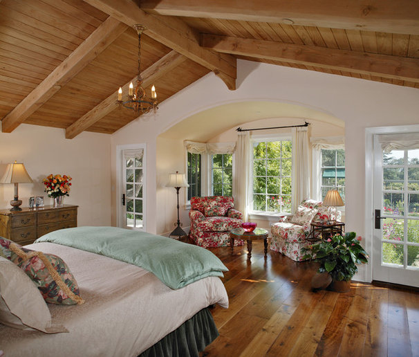 Traditional Bedroom by Tom Meaney Architect, AIA