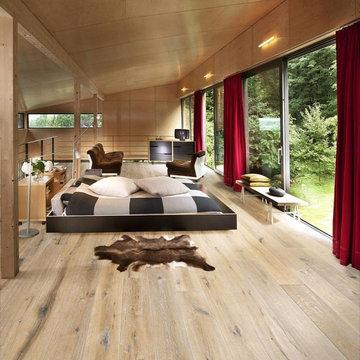 Bedroom w/Scandinavian Hardwoods
