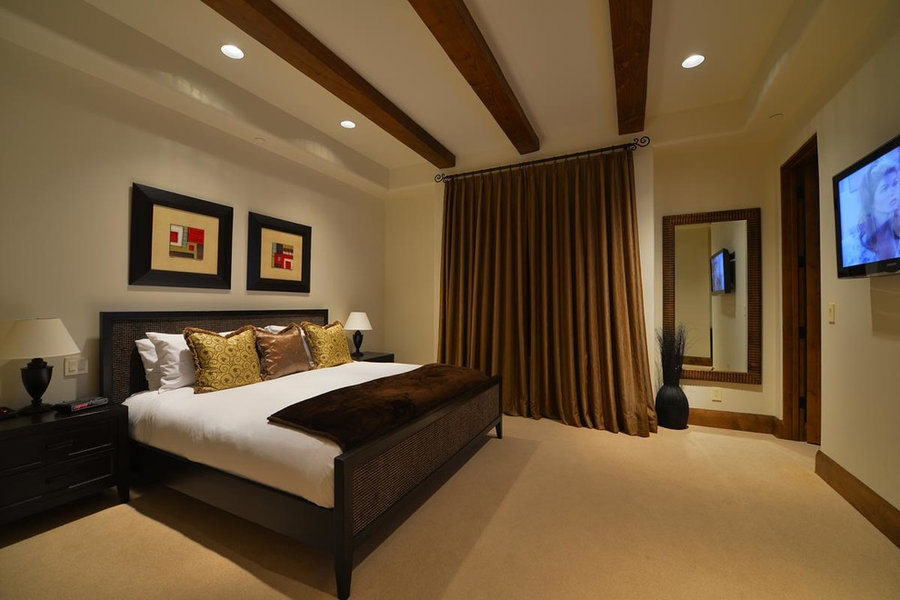 Bedrooms by Argue Custom Homes