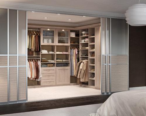 Luxe Walk In Closet