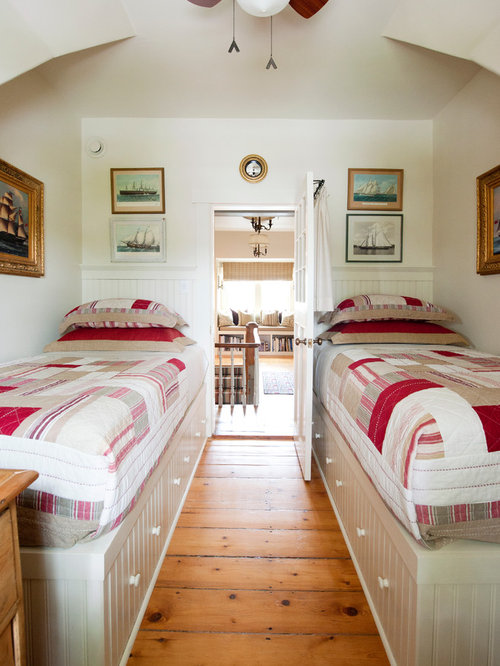 Traditional guest bedroom idea in Other