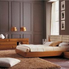 Modern Bedroom by Design Studio