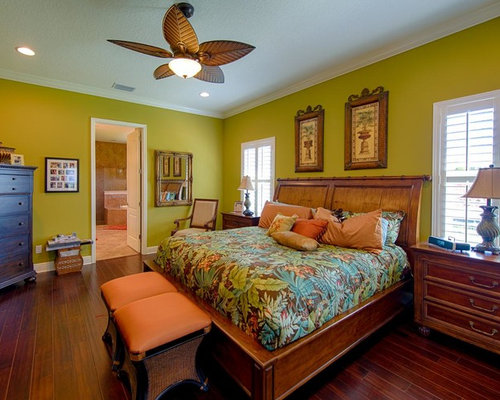 Island Style Master Carpeted Bedroom Photo In Tampa With Green Walls