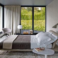 Modern Bedroom by OLC Furniture & Lighting