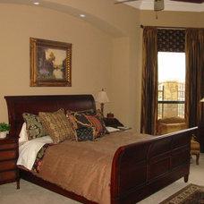 Bedroom by Susan Medlin, IBB Design