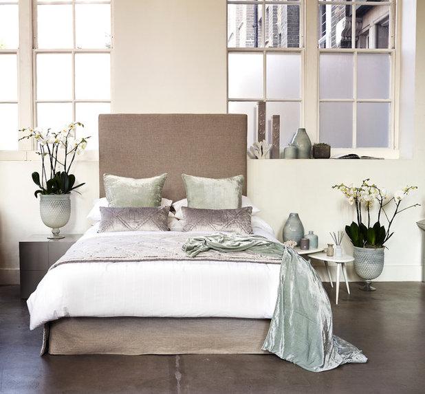 コンテンポラリー 寝室 by Kelly Hoppen London
