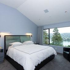 Contemporary Bedroom by j9 design