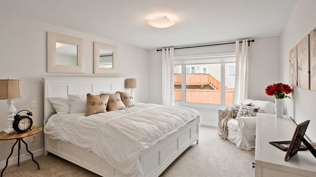Traditional Bedroom by G&E Homes