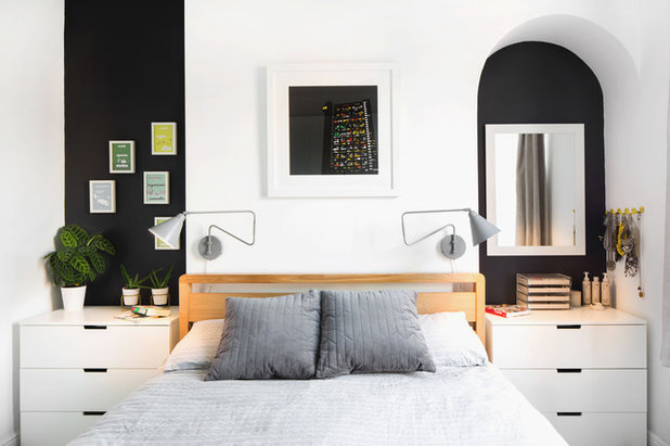 Contemporary Bedroom by Juliet Murphy Photography