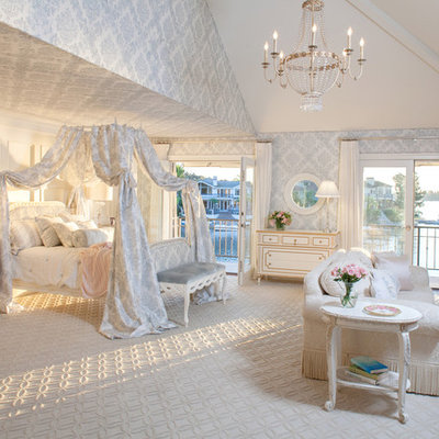 Bedroom - traditional master carpeted bedroom idea in Los Angeles with gray walls