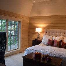 Craftsman Bedroom by CIMARRON BUILDERS INC