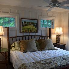 Craftsman Bedroom by CIMARRON BUILDERS INC