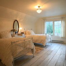 Rustic Bedroom by LMJ Builders LLC/Craig Johnson Construction LLC