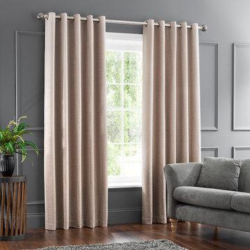 Blissful Bedroom Window Treatment Ideas-Curtains/Draperies