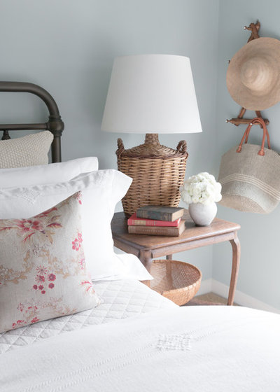 Country Bedroom by Matthew Caughy Interiors