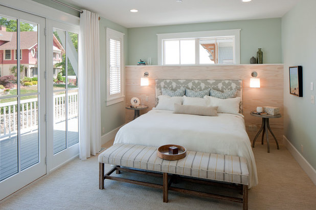 Beach Style Bedroom by Insignia Homes