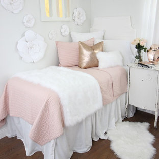Inspiration for a bedroom remodel in Miami