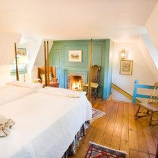 Traditional Bedroom by Boardwalk Builders