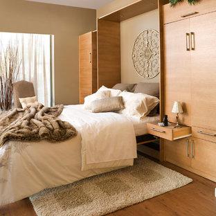 Chambre avec un mur marron Orange County : Photos et idées ...