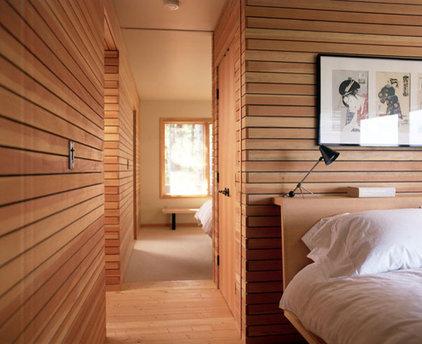 Modern Bedroom Boles/Kahle beach house