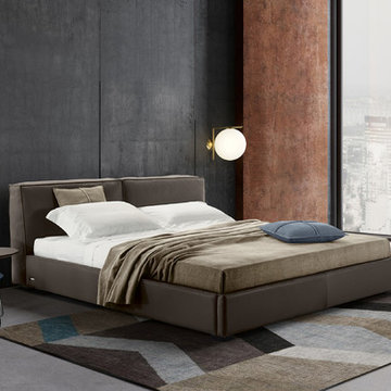 Bond Leather Platform Bed by Gamma