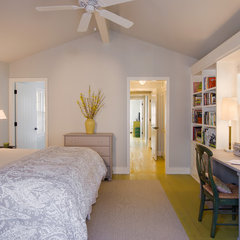 contemporary bedroom by Texas Construction Company