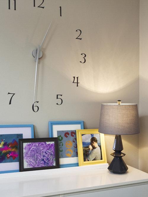 eclectic bedroom idea in chicago with beige walls