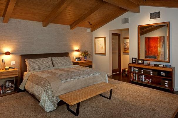 Midcentury Bedroom by Susan Jay Design