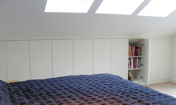 Modern Bedroom by Exploit Space