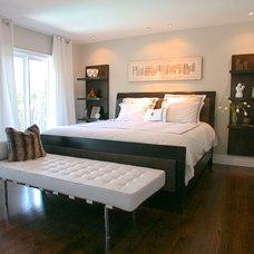 Modern Bedroom by Urban Ideas Inc.
