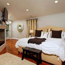 Modern Bedroom by Michael Nash Design, Build & Homes