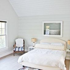 Farmhouse Bedroom by Jason Thomas Architect