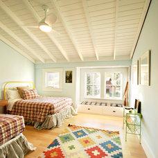 Farmhouse Bedroom by Van Bryan Studio Architects