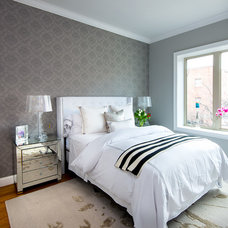 Contemporary Bedroom by TAHAR DÉCOR