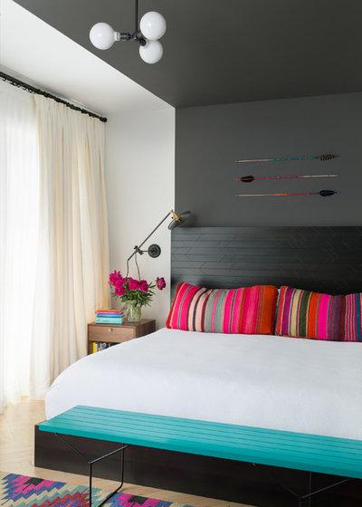 Contemporain Chambre by Jessica Helgerson Interior Design