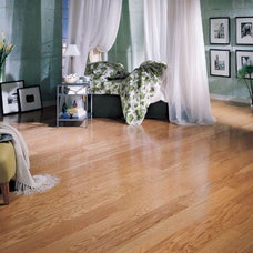 Traditional Bedroom by C&R Flooring