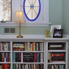 Traditional Bedroom by Habitar Design