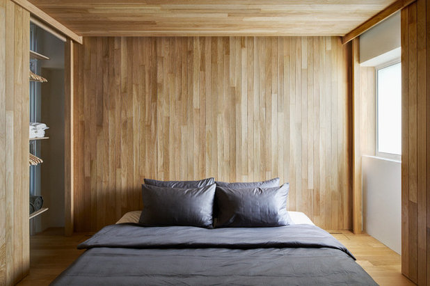 Contemporary Bedroom by SOLID architects