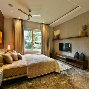 Bungalow by Think Designz ( Rahul & Varun )
