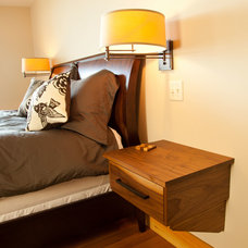 Contemporary Bedroom by Red House Building