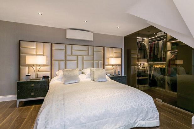 Современный Спальня by The Wood Works