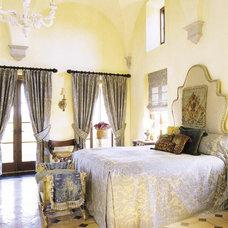 Mediterranean Bedroom by Bushman Dreyfus Architects