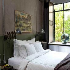 Contemporary Bedroom by stok mimarlık / tasarım / atölye